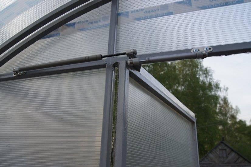 Автоматический Термопривод  для открывания дверей  в теплице